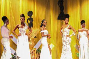 le 5 finaliste in gara prima della scelta delle vincitrici.