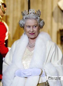 Luminari e Pianeti: SATURNO Elisabetta II